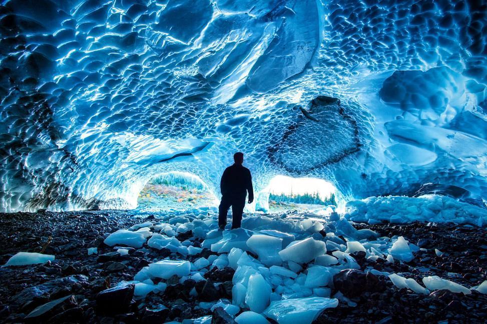 غارهای یخ در جهان