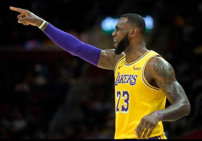 لیگ NBA، لیکرز و وریرز پیروز شدند، شکست راکتس در دیترویت با درخشش دروموند