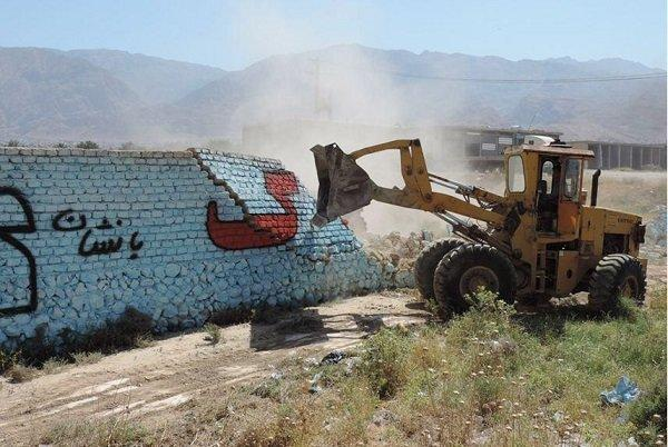 آزادسازی 57 کیلومتر از حریم راه های تویسرکان