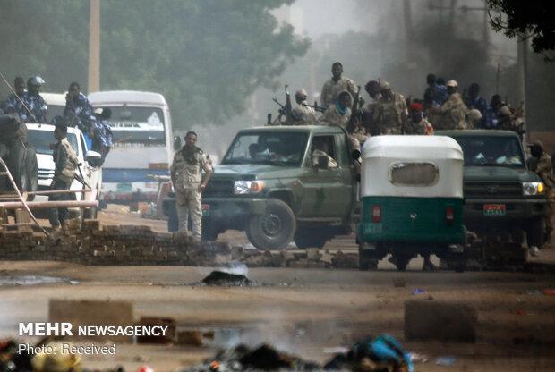 کشته شدن 3 نفر از معترضان در روز اول عصیان مدنی در خارطوم