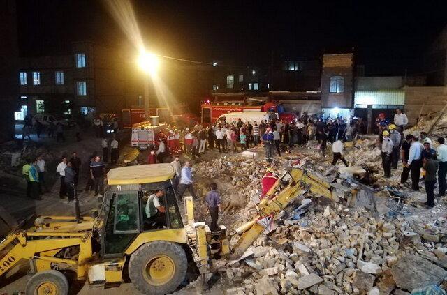 انفجار یک ساختمان سه طبقه در ورامین، چهار نفر از زیر آور بیرون کشیده شدند