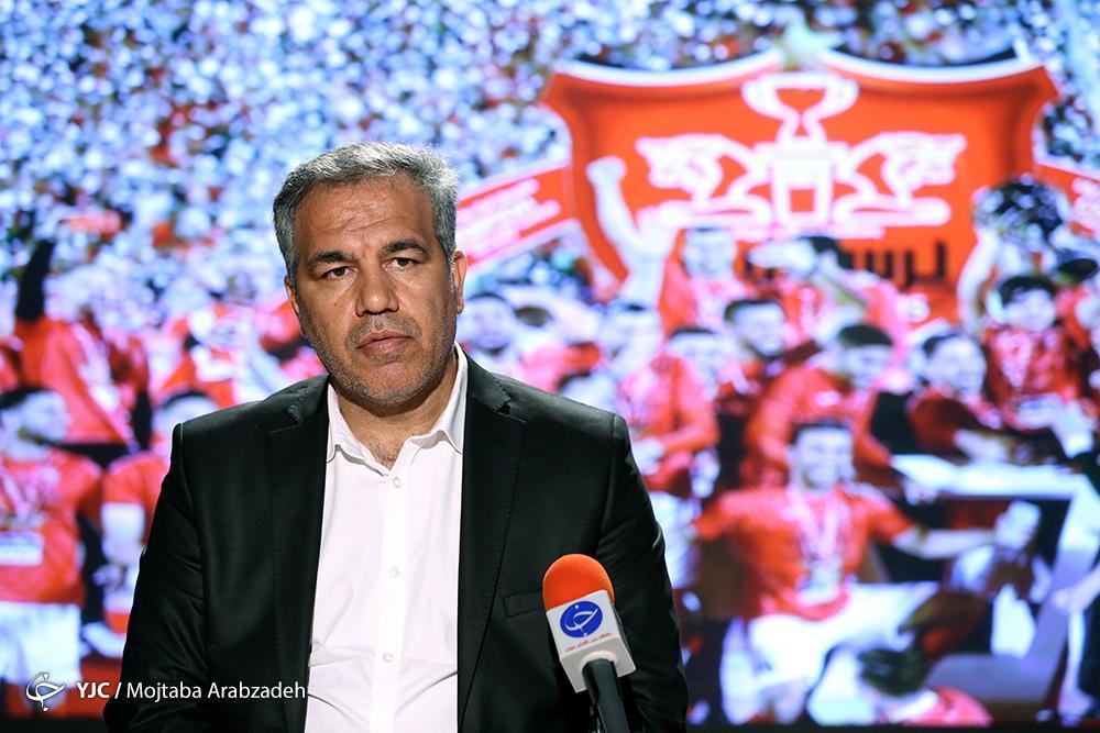 عرب: کالدرون یک مربی با انگیزه است، خبر استعفای من جعلی بود، قرارداد بیرانوند 7 میلیارد نیست